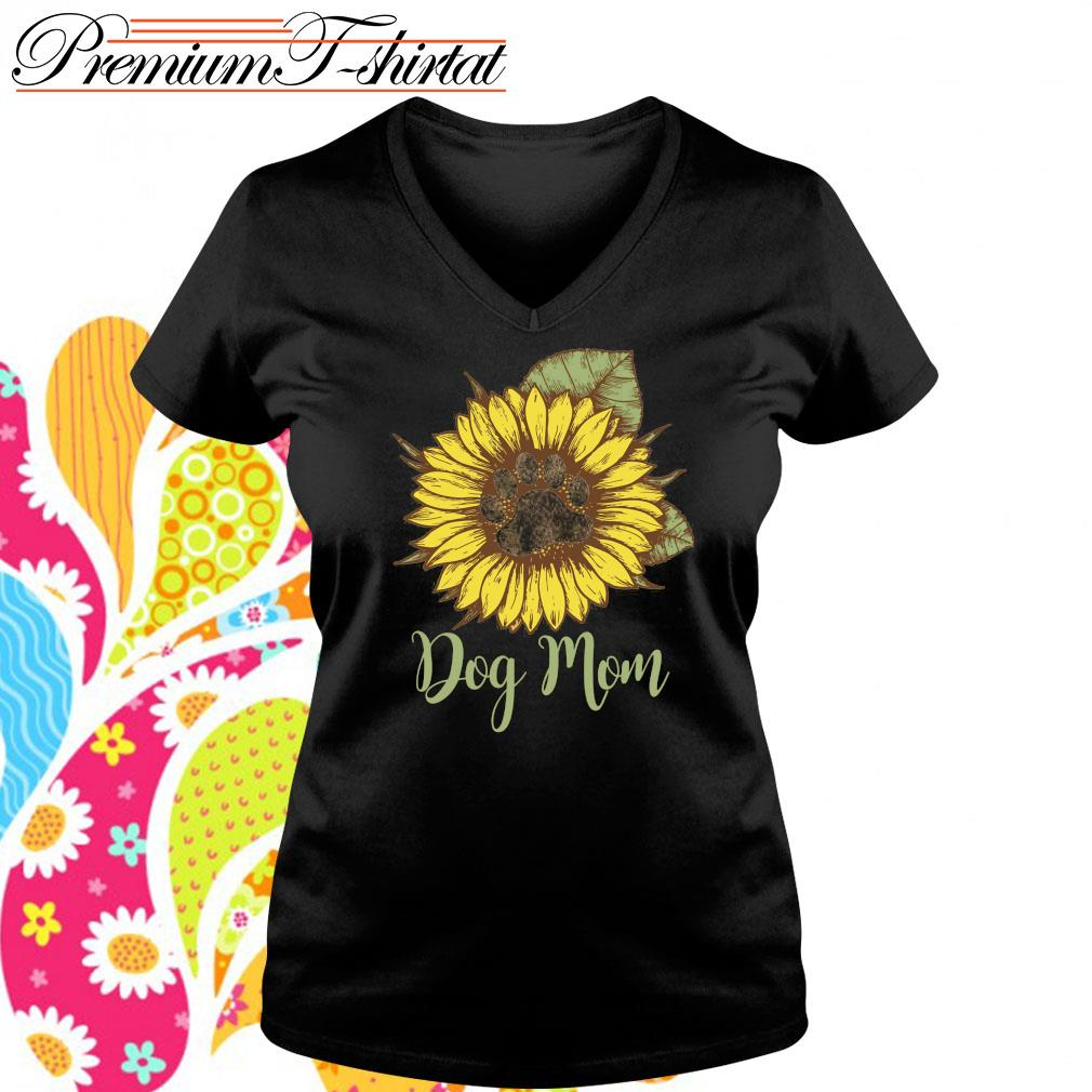 Sunflower dog mom s v-neck-t-shirt